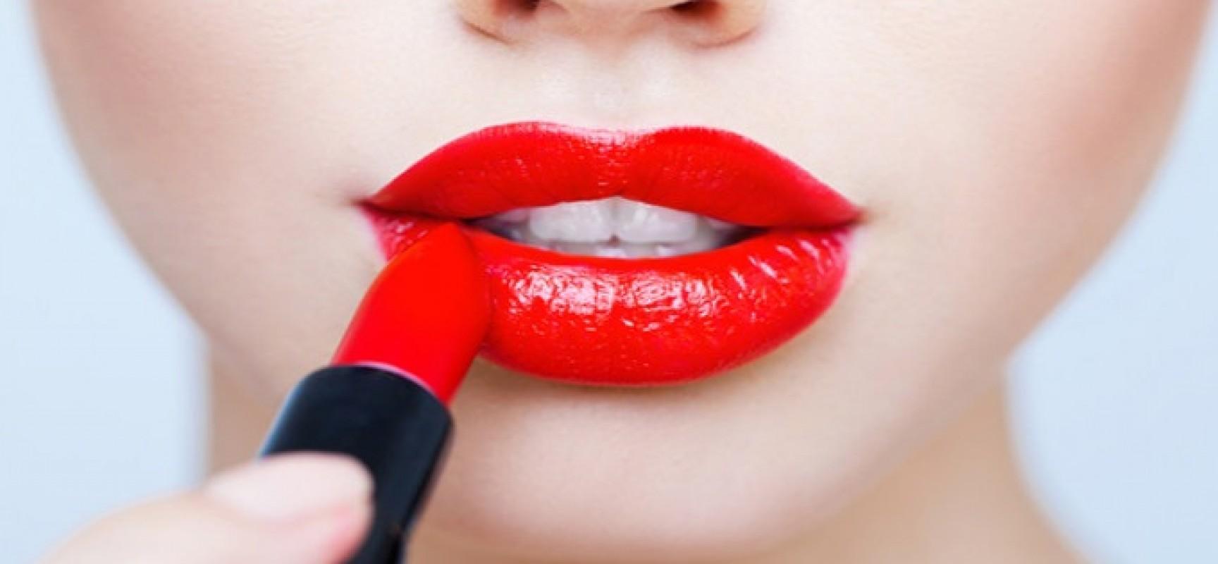 powiększanie ust kwasem hialuronowym dermaestetic