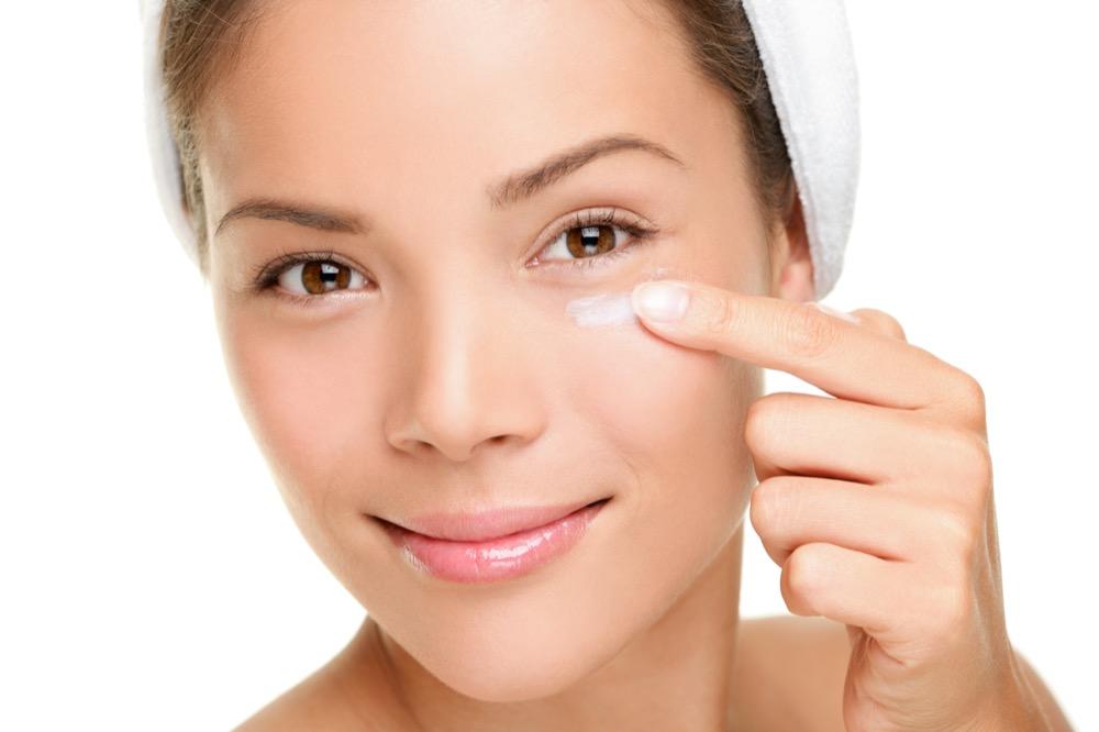 najlepszy krem pod oczy na zmarszczki i cienie dermaestetic
