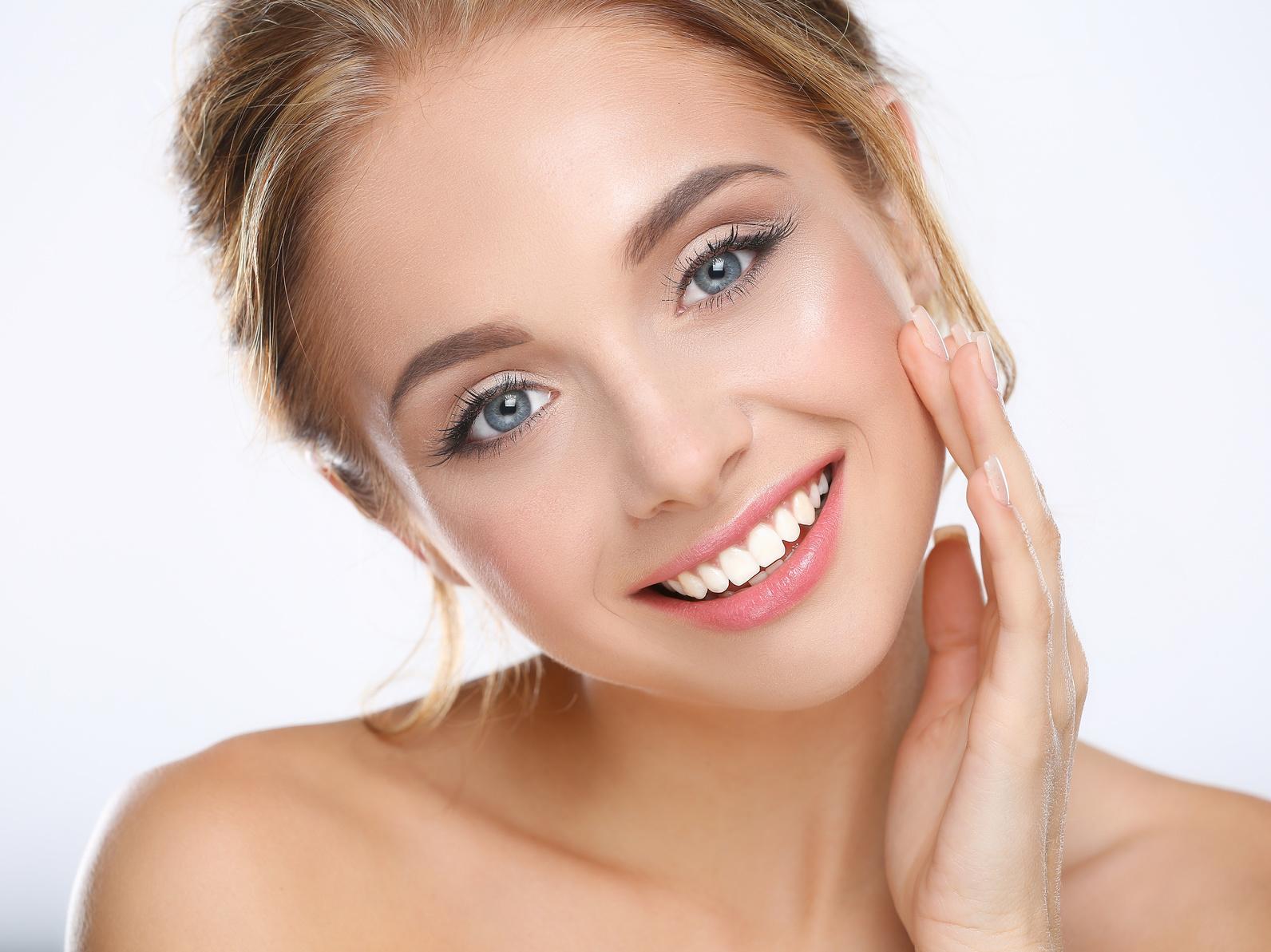 jak poprawić owal i jędrność twarzy