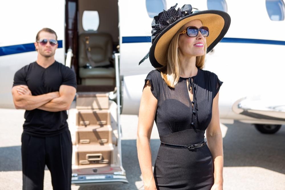 Jak pielęgnować skórę by nie była wysuszona na pokładzie samolotu