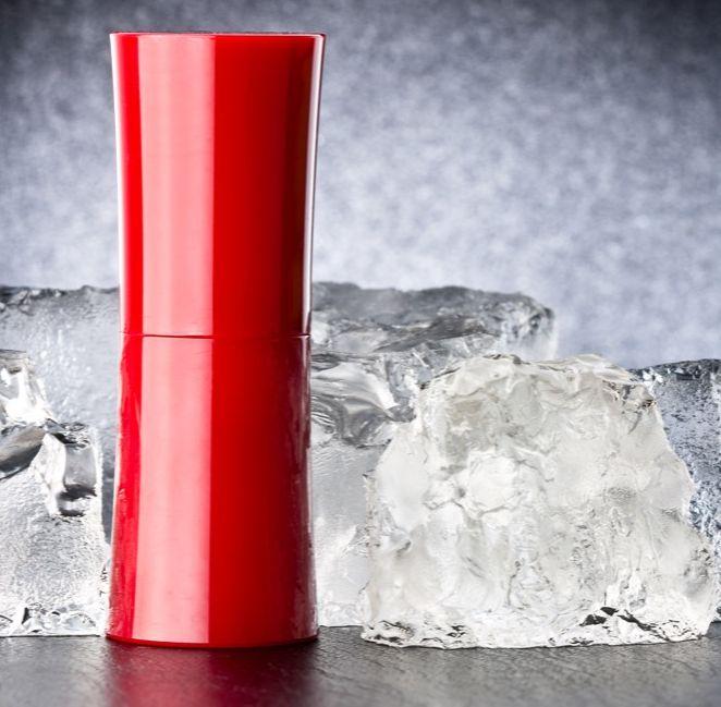 dlaczego warto przechowywać kosmetyki w lodówce