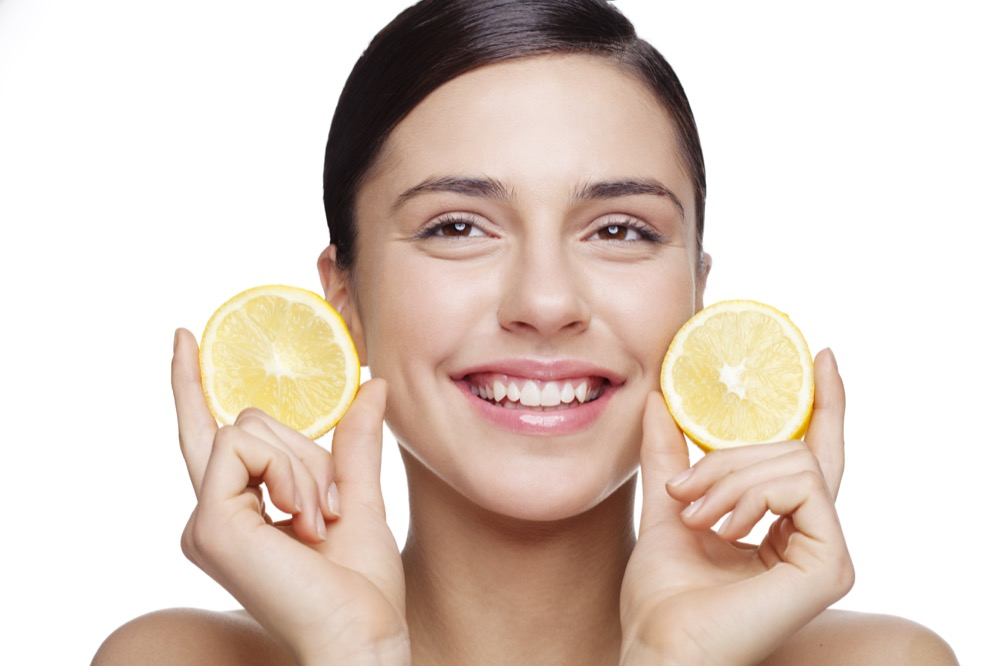 jak witamina C wpływa na skórę dermaestetic