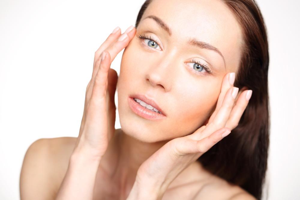volte rozświetlenie skóry i jej regeneracja dermaestetic