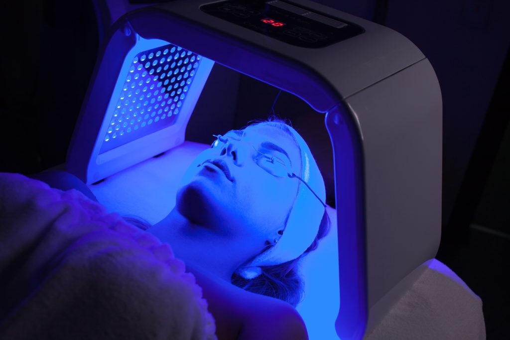 terapia światłem LED