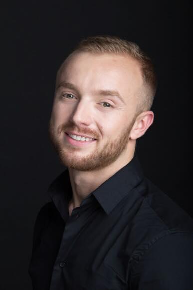 Damian Duda Makeup Trainer YSL wywiad dla derma estetic